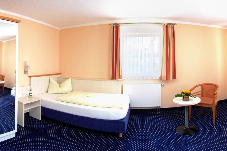 Hotel Nummerhof, Therme Erding, Anfahrt, Lage, Wellness-Wochenende, Familienurlaub, Aktivurlaub, Sauna, Rutschenparadies Galaxy, Einzelzimmer, Doppelzimmer, Appartement