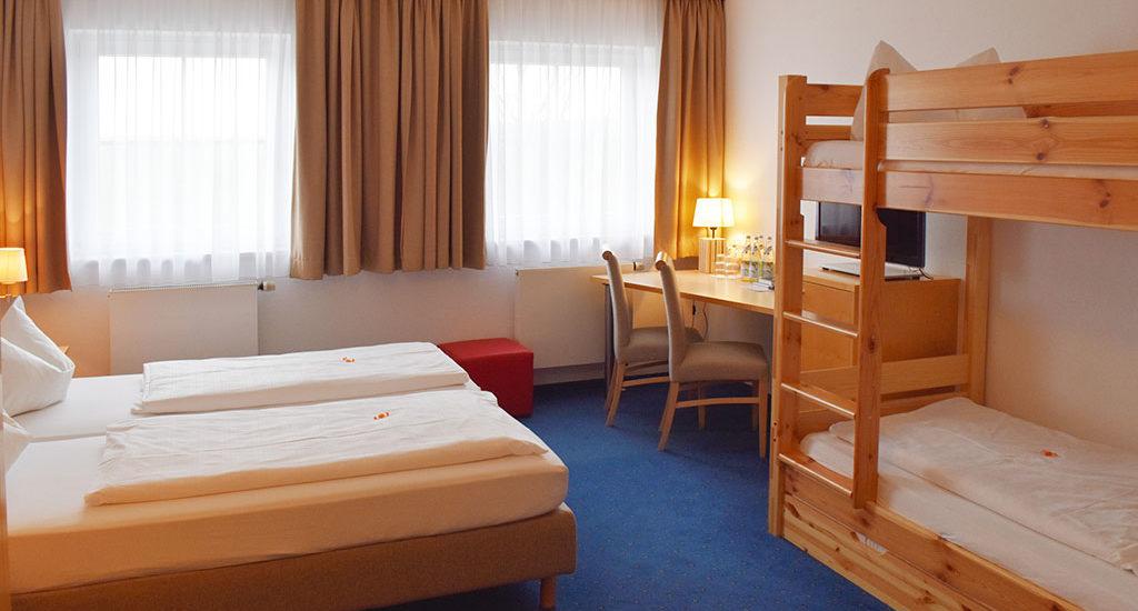 Hotel Nummerhof Erding, Zimmer 4 Bett